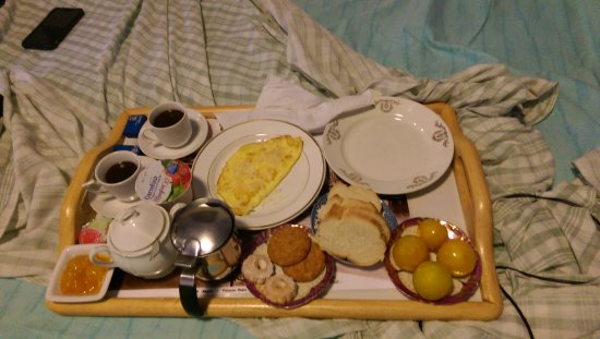 B&B Sant'Elmo: Our breakfast ready exactly when we requested