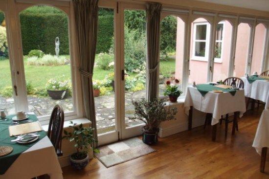 Birchanger, UK: The breakfast veranda
