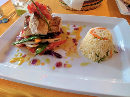 Maria's: Foody Food! Love it!!