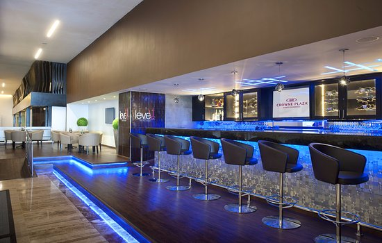 Crowne Plaza Santo Domingo: Lobby Bar Level 1