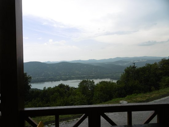 Visegrad, Ουγγαρία: Views from balcony