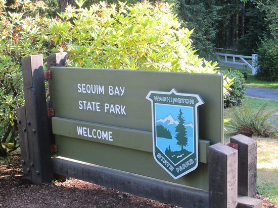 Sequim Bay State Park: Entry sign