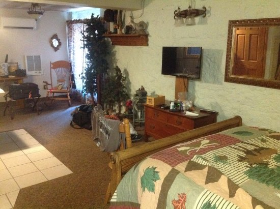 Lanesboro, MN: Living area from bedroom area.