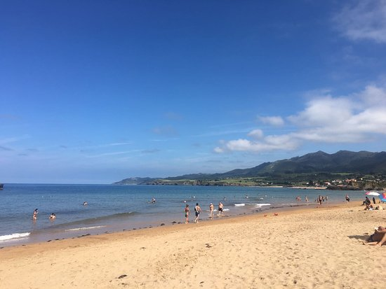 Colunga, España: Playa de La Isla