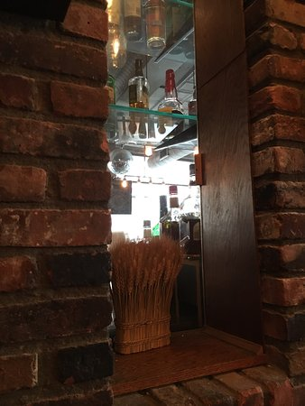 Hollow Bar And Kitchen Albany