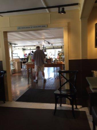 Millerton, Estado de Nueva York: view of gift shop from cafe