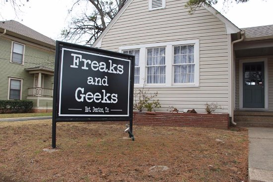 ‪Freaks and Geeks‬
