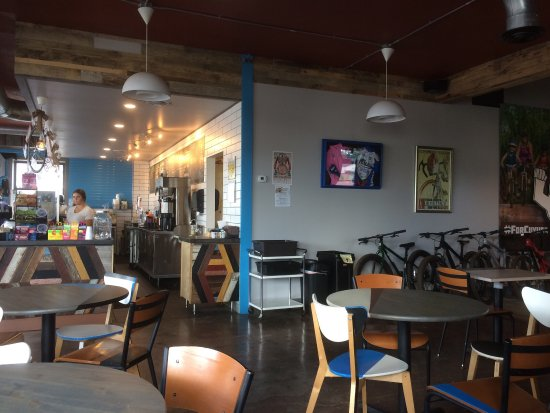 Crosby, MN: Red Raven Bike Cafe