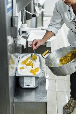 Além da escolha de produtos, criatividade é outro ingrediente que adicionamos aos nossos gelatos