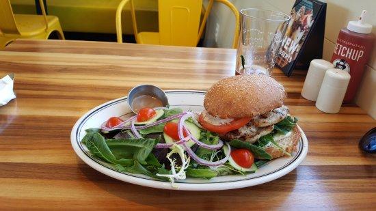 Burlingame, CA: Chicken sandwich