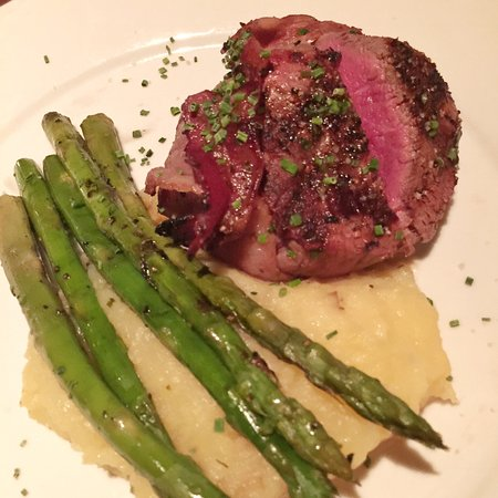 how to cook bacon wrapped beef filet