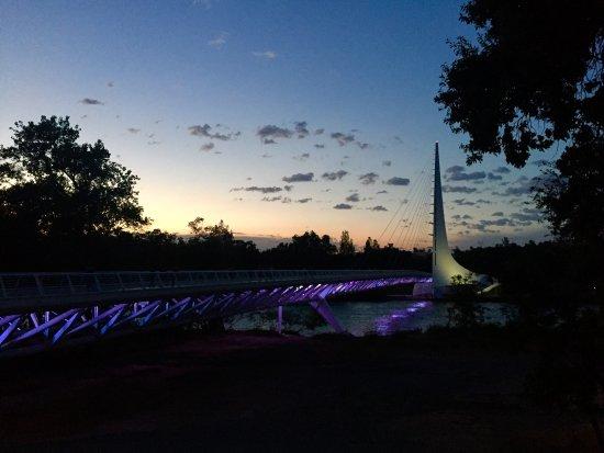 Sundial Bridge Photo
