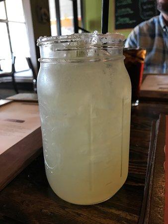 Sturgis, Мичиган: margarita, large volume