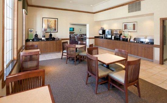 Chanhassen, MN: Breakfast Room