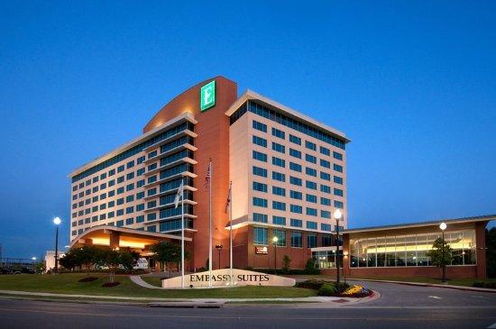 Embassy Suites By Hilton Huntsville Hotel Spa