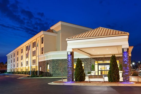 Holiday Inn Express Greensboro-Wendover: Our hotel near the Greensboro Aquatic Center offers free WiFi.