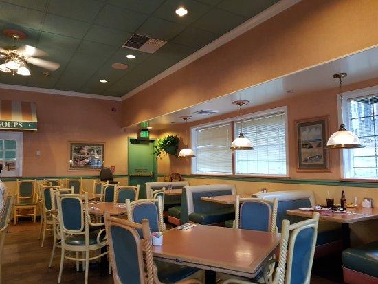 Coco's Bakery Restaurant