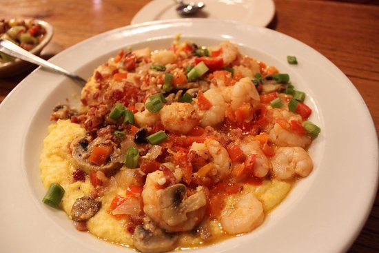 Clawson's 1905 Restaurant: Shrimp and Grits, this is one serving!
