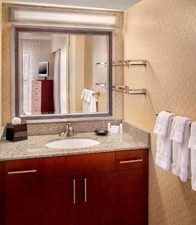 Westborough, MA: Guest Suite Bathroom Vanity