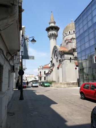 Constanta County, Roumanie : Stare Miasto pełne kontrastów. Przyjemne restauracje i kafejki