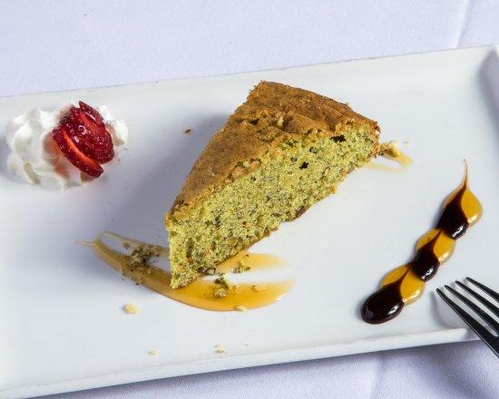 Glenelg, أستراليا: Pistachio and Almond Cake (GF)  