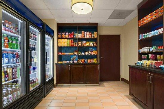Hampton Inn Lexington Park MD - Suite Shop
