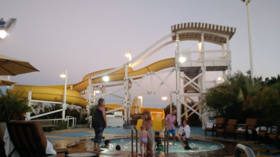 Disneys Paradise Pier Hotel Anaheim Ca