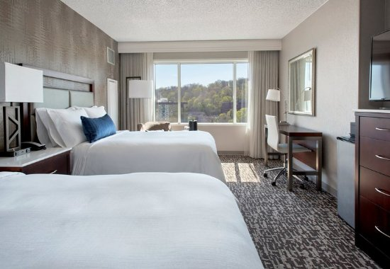 West Conshohocken, PA: Double/Double View Guest Room