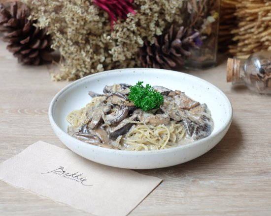 Capellini With Wild Mushrooms Angel S Hair Pasta With Black Truffle
