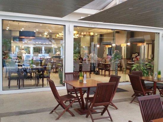 โรงแรม เมอร์เคียว เวียงจันทน์ ภาพถ่าย