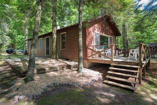 Eagle River, WI: Cottage 6