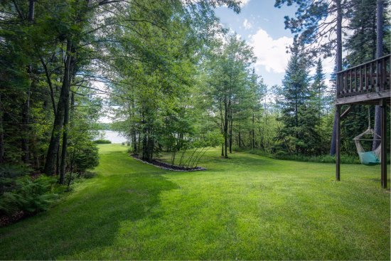 Eagle River, WI: Hill down to the beach