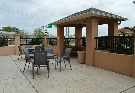Channelview, Teksas: Outdoor Patio