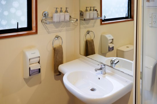 Haka Lodge Christchurch: Free toiletries in all our bathrooms