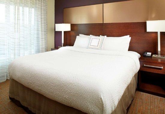 Dublin, Ohio: Suite - Sleeping Area