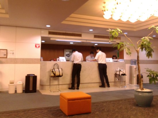 Aizuwakamatsu Century Hotel: フロント。