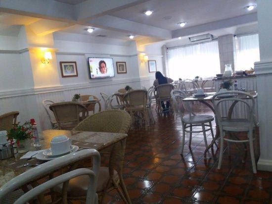 Hotel Savoy: Sala onde é servido o café da manhã