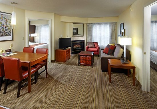State College, PA: Two-Bedroom Suite