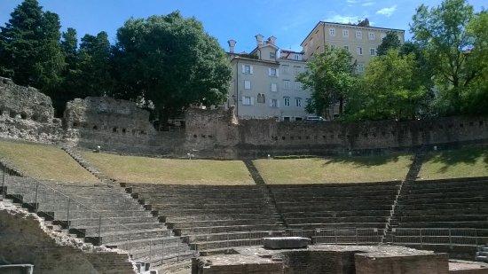 romano artioli trieste weather - photo#34