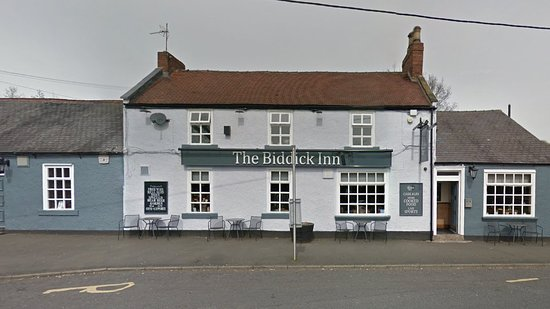 Biddick Inn : The front of the pub (from riverside)