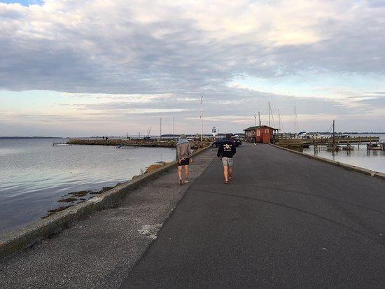 Noerre Alslev, Danemark : Gåbense Havn in the evening. You can also go swimming there.