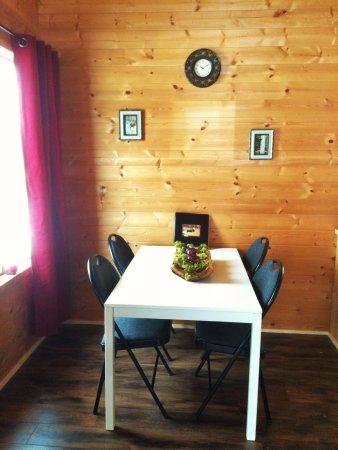 สมิเทอร์ส, แคนาดา: Hummingbird Cabin