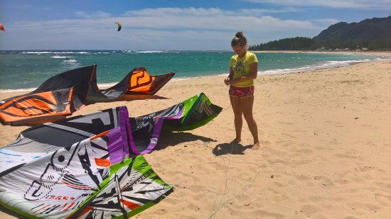 Seabreeze Kite Club: From Kuala Lumpur to Indonesia is just a small hop.  So they thought the same and they had a Bla