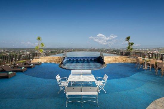 Ngaglik, Indonésie : Nirvana Sky Pool