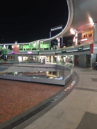 Centro comercial plaza del duque costa adeje - Centro comercial del mueble tenerife ...