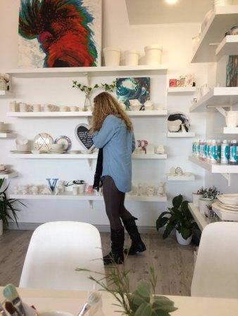 3 Hearts Ceramics and Cafe