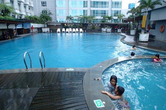 Pool Picture Of El Royale Hotel Bandung Bandung