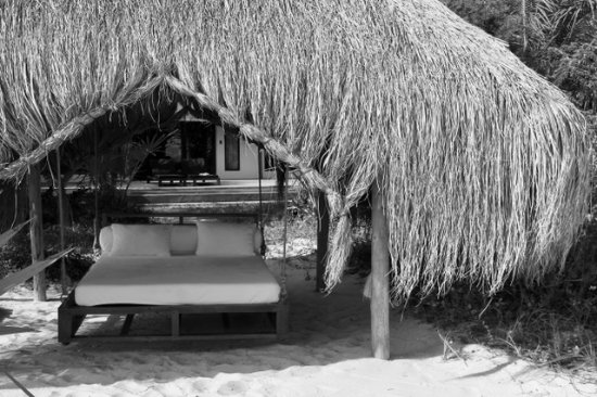 Benguerra Island, Mozambique: relaxing swing bed