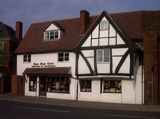 Newent, UK: Front of Shop