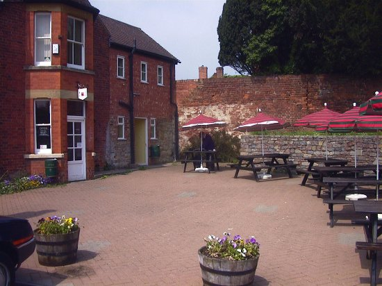 Newent, UK: Our lovely patio area